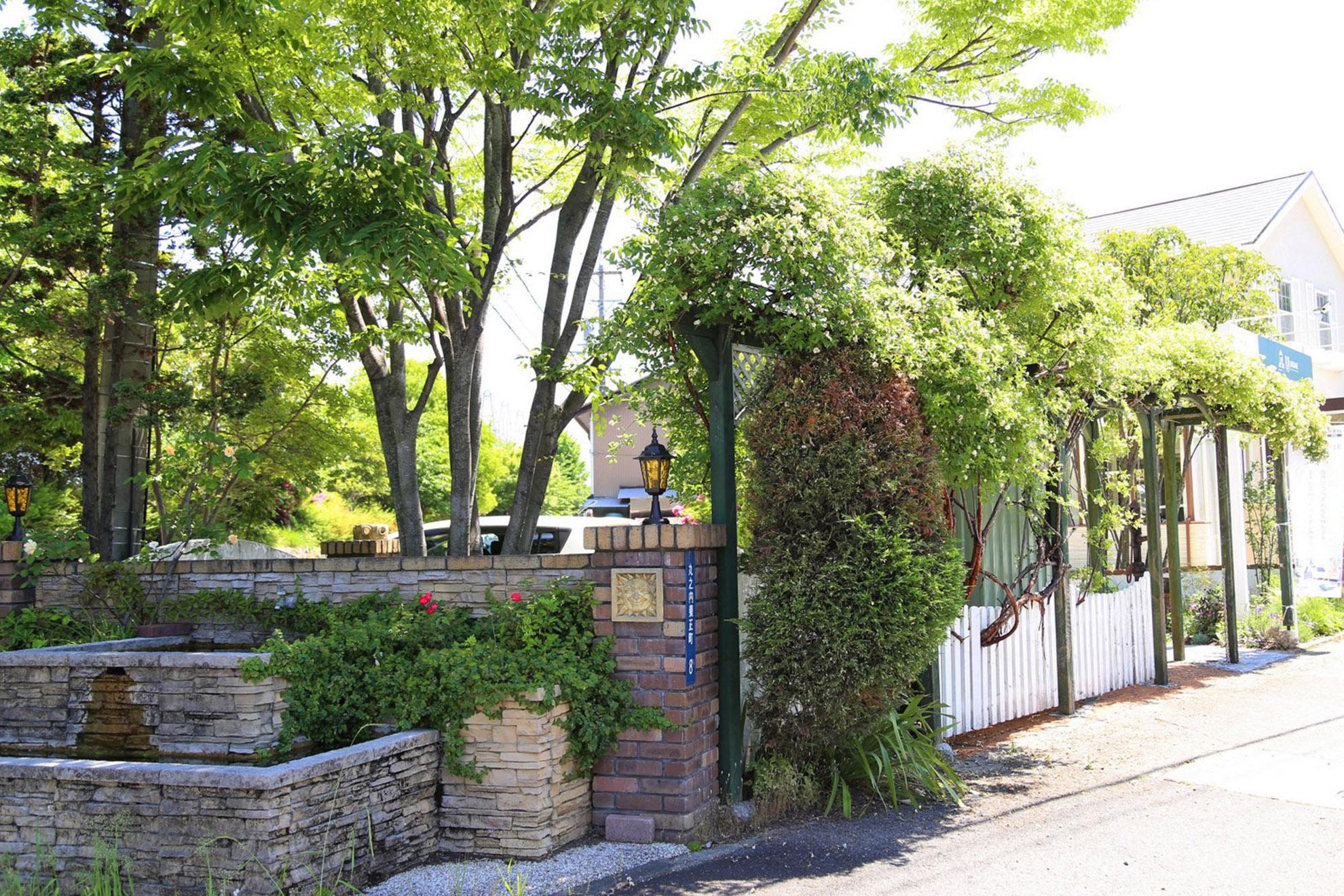 UEBANE(アーベイン)外構|庭造り|三重県津市007